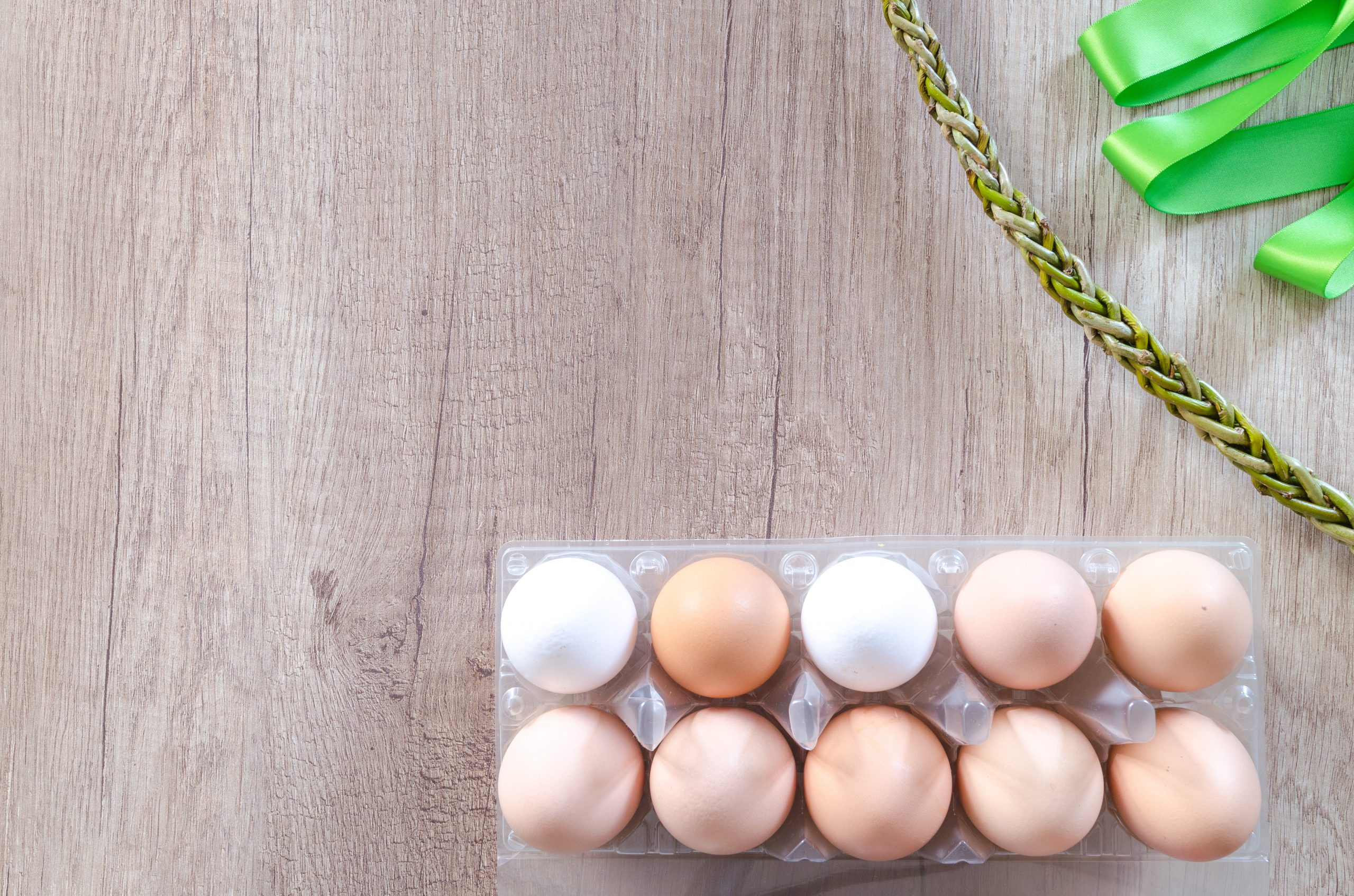 The Difference between Brown and White Eggs