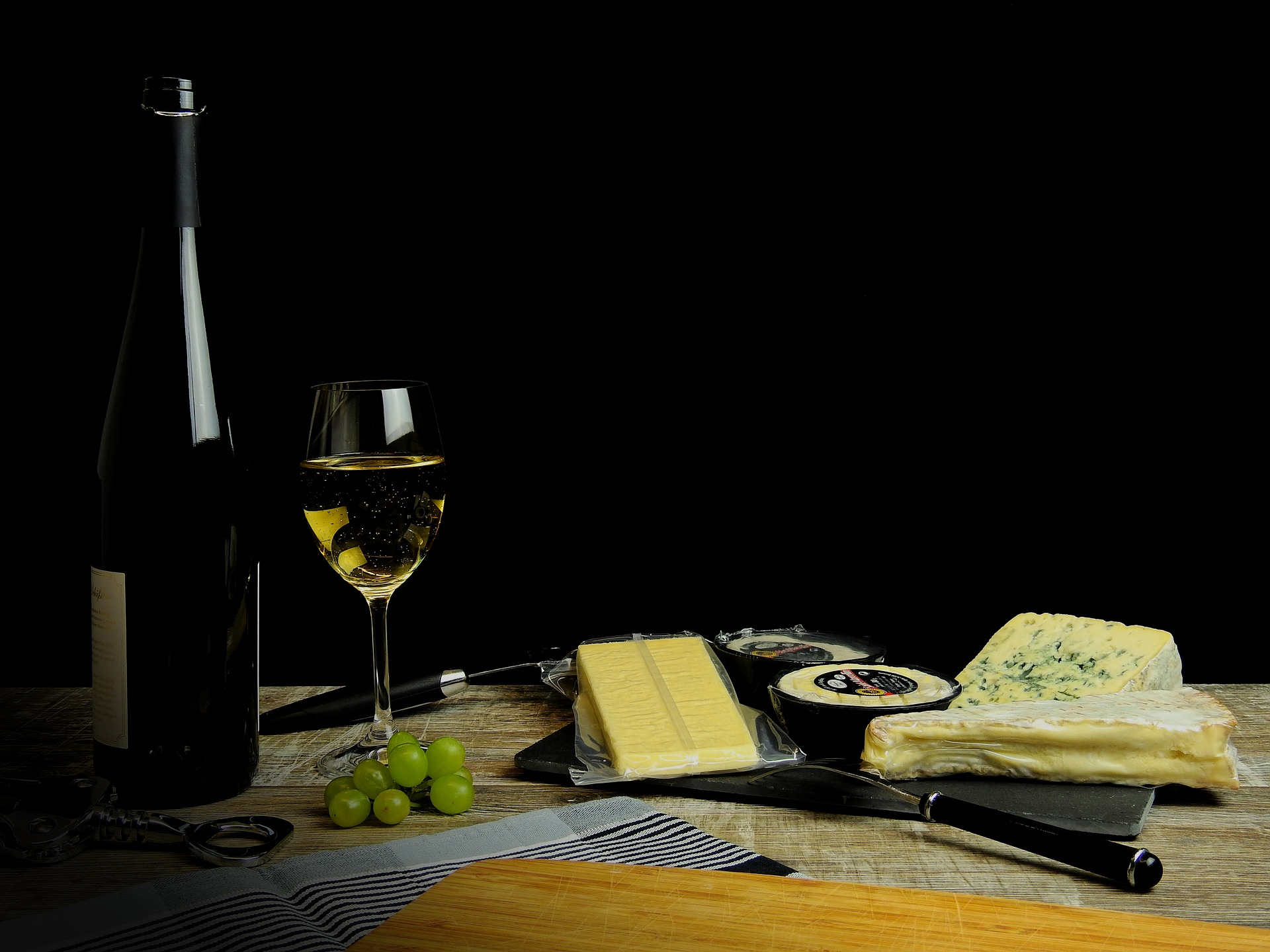 Wine and Cheese? Yes, please!