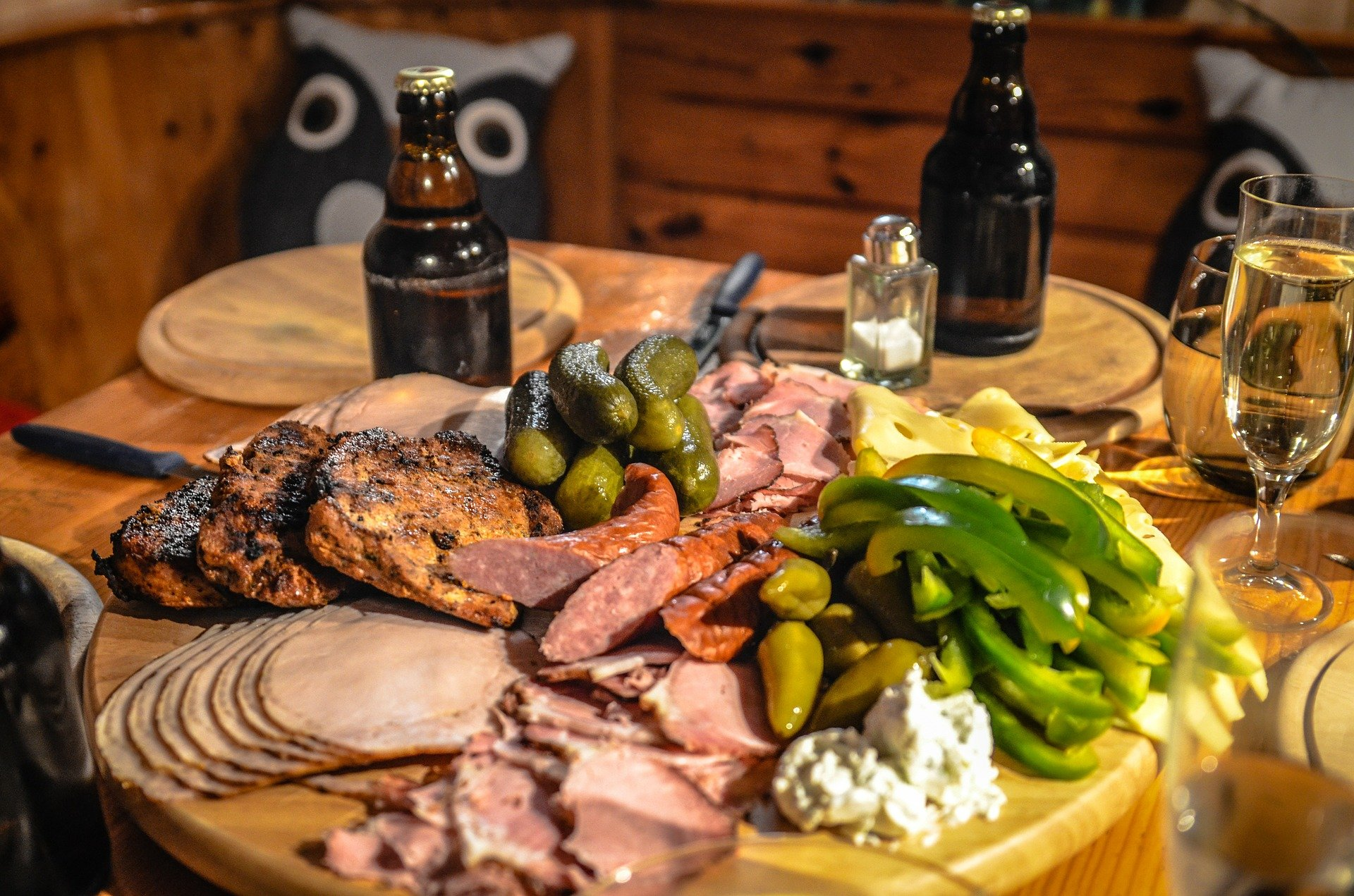 Learn How to Build Your Own Charcuterie Board