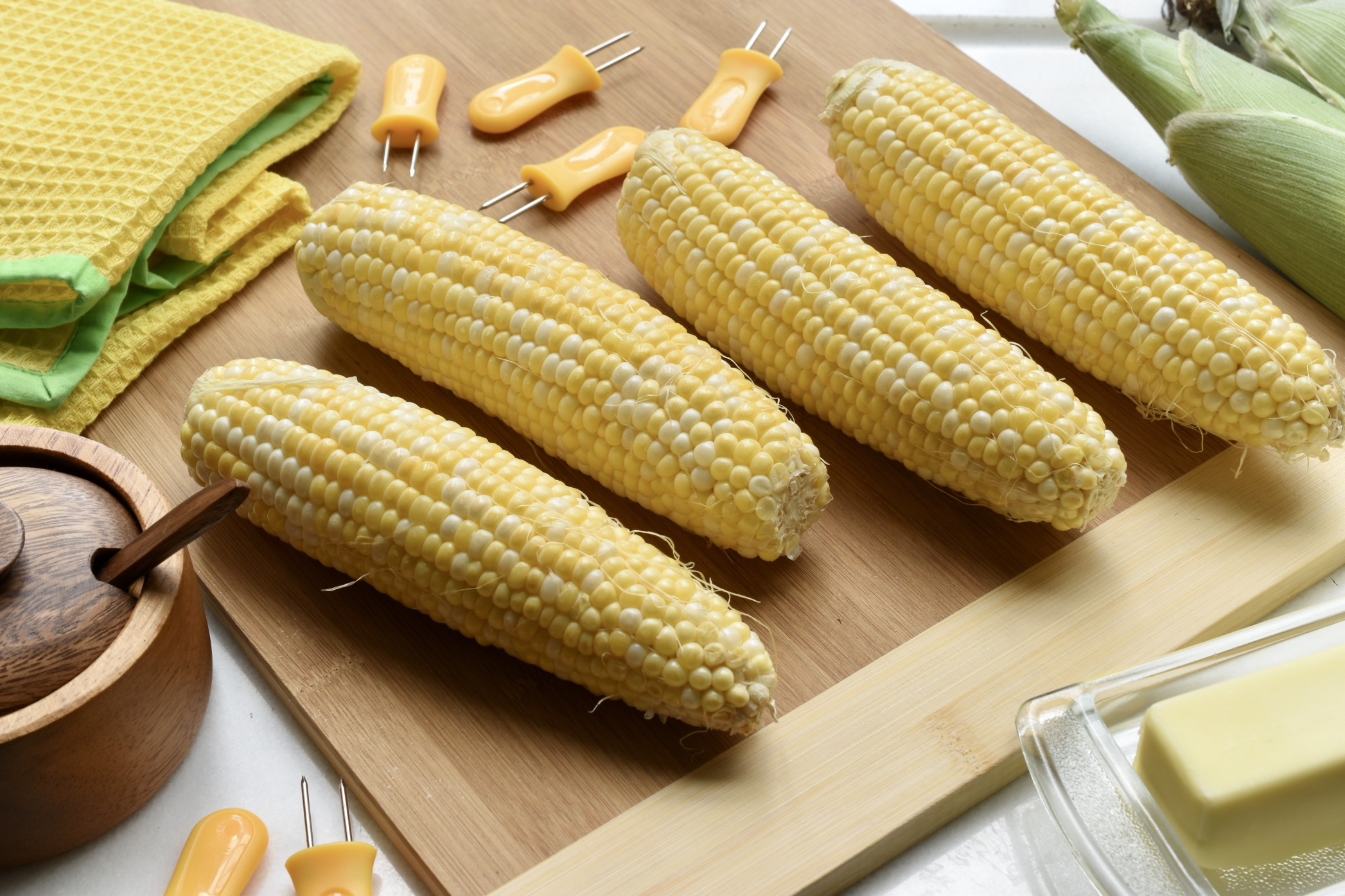 You are currently viewing Corn on the Cob:  How to Shop for and Cook It